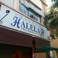 Photo taken at Restoran Halelah by AE® on 2/21/2012