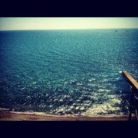 Photo taken at Дикий Пляж by Аlекseй B. on 8/26/2012