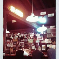 Photo taken at Dreamland BBQ by Sang Hoon B. on 10/6/2011