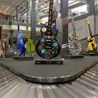 Das Foto wurde bei Austin Bergstrom International Airport (AUS) von Jeremy am 3/8/2012 aufgenommen