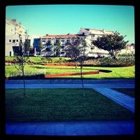 Photo taken at Zona Pedonal Gaia by Rui on 7/21/2012