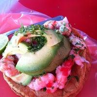 Photo taken at El Primo Pescados Fritos Y Mariscos by Alfonso P. on 3/18/2012