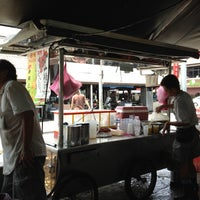 Photo taken at Air Itam Asam Laksa by Ck L. on 8/8/2012
