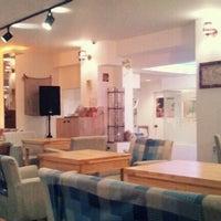 Photo taken at Cafe Bridge by hyo min y. on 9/9/2011
