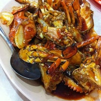 Photo taken at Seafood 212 Wiro Sableng by Andrie W. on 8/25/2012