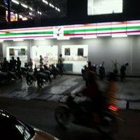 Photo taken at 7-Eleven by Igniz C. on 9/1/2011