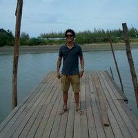 Photo taken at บ้านปูละคอน by Adum I. on 8/19/2012