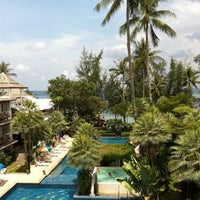 Photo taken at Koh Tao Cabana by Rinyarat S. on 4/13/2012