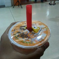 Photo taken at Each A Cup (各一杯) by sHaHruL_iZwAn on 8/22/2012