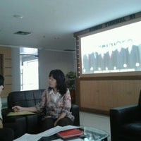 Photo taken at Komisi Yudisial Republik Indonesia by Clement W. on 9/13/2011