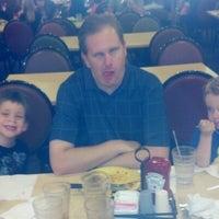Photo taken at HomeTown Buffet by Joleen D. on 9/8/2012