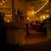 Photo taken at Olive Garden by Burt R. on 11/20/2011