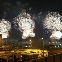 Das Foto wurde bei Macy's 4th of July Fireworks von Nadia N. am 7/5/2011 aufgenommen