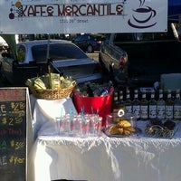 Photo taken at Ogden Historic 25Th Street Farmer's And Art Market by Lance S. on 9/3/2011