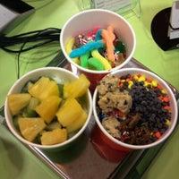 Photo taken at Yo Yo Frozen Yogurt by Janella S. on 10/7/2011
