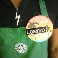 Photo taken at Starbucks by @LorenzoAgustin ☆ on 9/21/2011