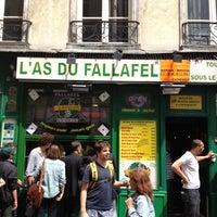 Photo taken at L'As du Fallafel by Ezer B. on 6/29/2012