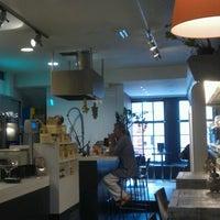 Photo taken at Eetwinkel Geniet by Peter Paul on 8/21/2012