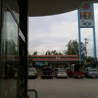Photo taken at 7-eleven @ PTT Klong 4 by Jakkrit E. on 8/7/2012