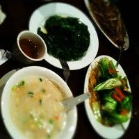 Photo taken at All Happy Family Restaurant by Mitsuhiro K. on 5/13/2012
