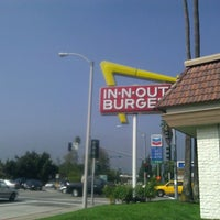 Photo taken at In-N-Out Burger by JWC on 9/24/2011