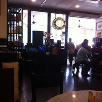 Photo taken at OldTown White Coffee by LVRN on 5/31/2012