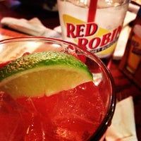Photo taken at Red Robin Gourmet Burgers by John S. on 3/3/2012