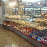 Photo taken at Padaria Veneza by Fialho R. on 10/31/2011