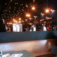 Photo taken at Intelligentsia Coffee & Tea by Ben Y. on 6/18/2011