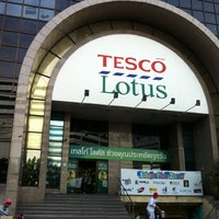 Photo taken at Tesco Lotus by Sean.T on 5/4/2012