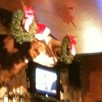 Photo taken at LongHorn Steakhouse by Liz H. on 12/22/2011