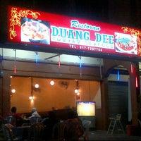 Photo taken at Restoran Duang Dee by Nadia C. on 1/28/2012