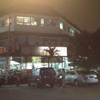 Photo taken at Restoran Mayiang Jaya by Sheridan L. on 1/7/2012