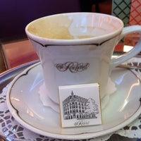 Photo taken at Café Reichard by Jan C. on 3/19/2011