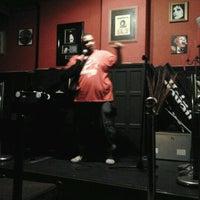 Photo taken at Retro Pub by Ninha M. on 9/8/2011