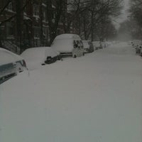 Photo taken at Snowpocalypse 2011: Chicago Edition by s. on 2/8/2011