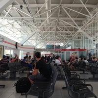 Photo taken at Terminal de Autobuses ADO by Mariah on 6/25/2012
