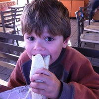 Photo taken at Taco Bell by Karey S. on 1/14/2012