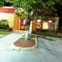 Photo taken at Taco Bell by Lisa T. on 4/30/2011