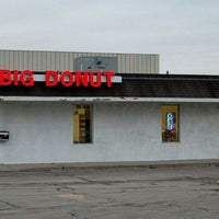 Photo taken at Big Donut by Robert R. on 7/12/2012