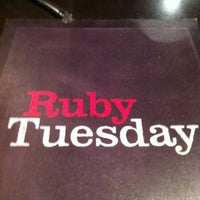Photo taken at Ruby Tuesday by Tito A. on 8/16/2012