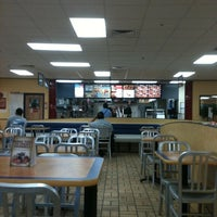 Photo taken at Burger King by hnygirl2000 on 2/22/2011