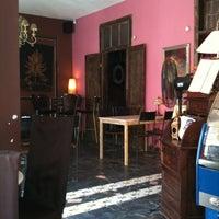 Photo taken at Tea & Chocolat by Juan Manuel L. on 2/26/2012