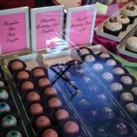 Photo taken at Cake Nouveau by Randy on 10/15/2011