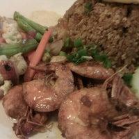 Photo taken at Restoran Anjung Merah by Hisa S. on 10/17/2011