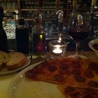 Photo taken at Riva Bar & Pizzeria by Thorsten Tom on 2/14/2012