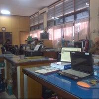 Photo taken at Dinas PU Kota Makassar by adjenk on 1/31/2012