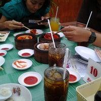 Photo taken at Roda Dim Sum by Wahidah O. on 5/13/2012