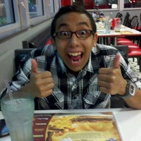 Photo taken at Steak 'n Shake by John S. on 4/5/2012