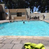 Photo taken at Holiday Inn Hotel & Suites Anaheim (1 Blk/Disneyland®) by Mauricio R. on 7/15/2012